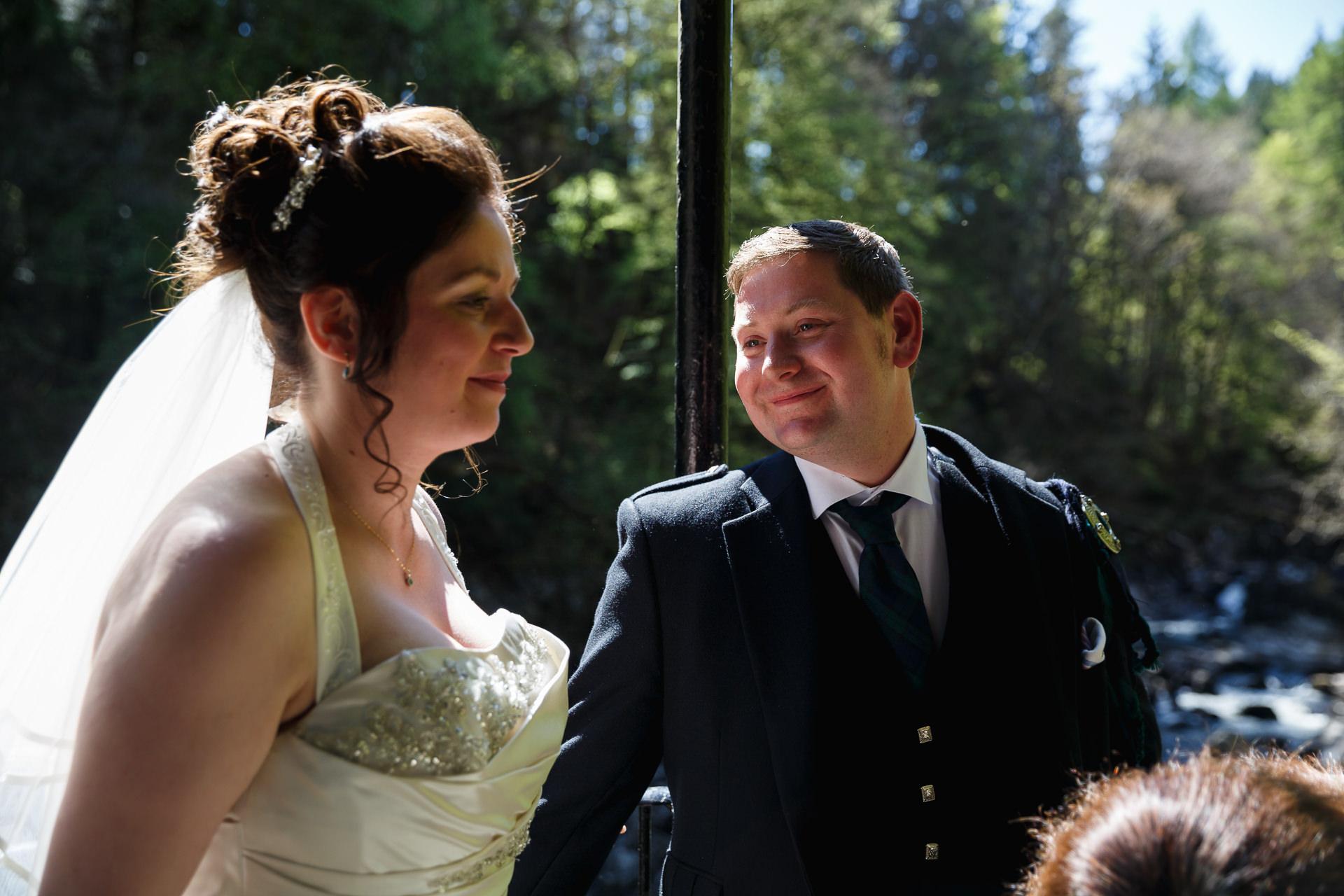 wedding photographer Forfar Angus Dundee relaxed natural fun documentary