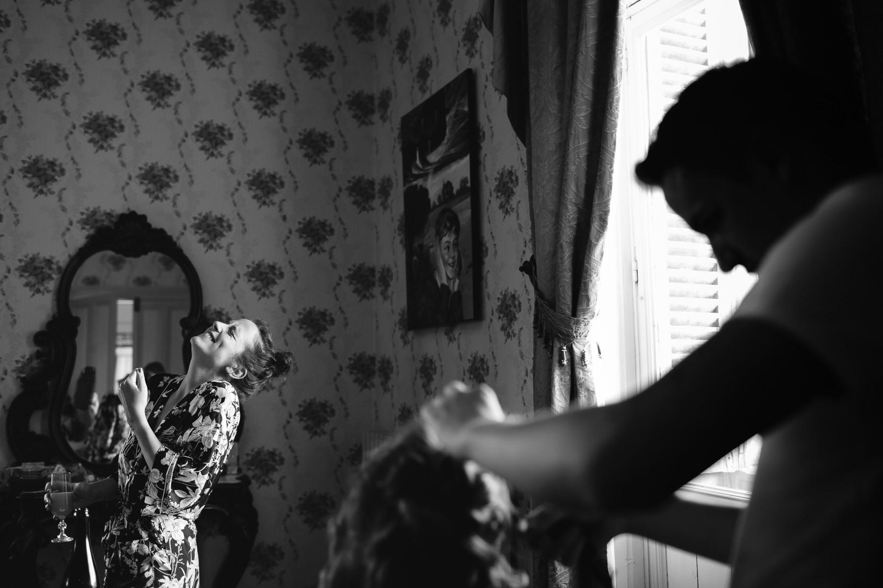 wedding photographer Forfar Angus Dundee fun natural relaxed documentary destination