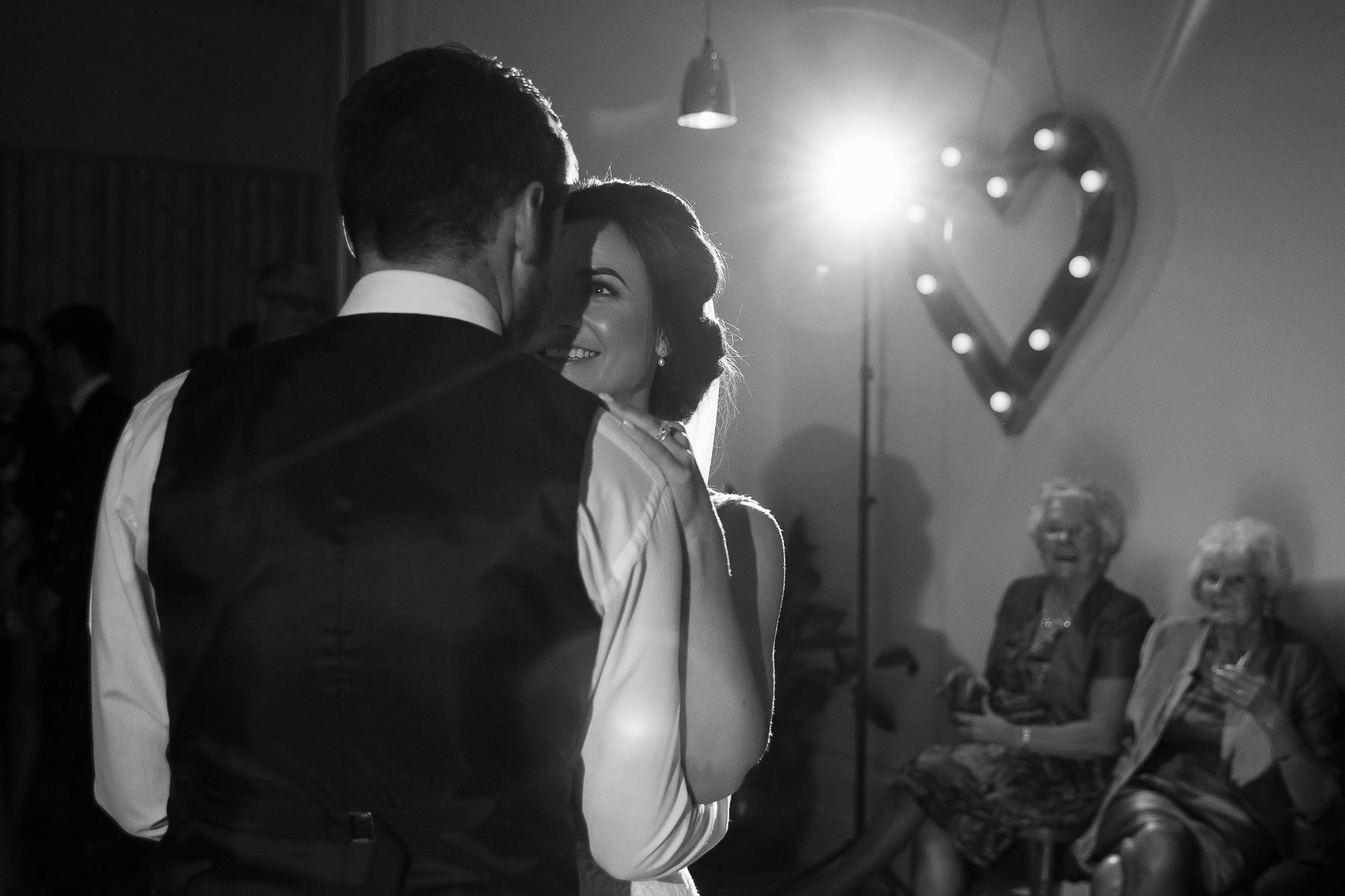 wedding photographer Forfar Angus Dundee fun natural relaxed documentary destination Taypark House