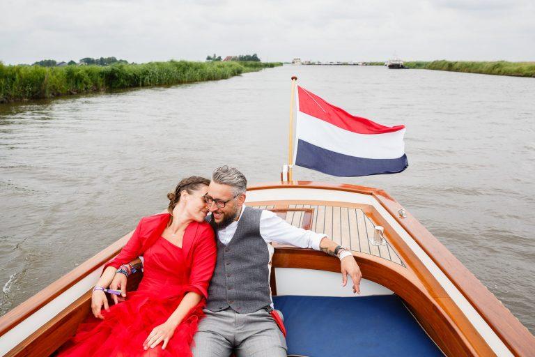 Wedding photographer Forfar Angus Dundee Aberdeen Perth Edinburgh relaxed natural fun Holland destination