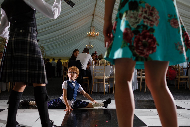 wedding photographer Dundee Angus Forfar fun documentary natural Kinnetles Castle