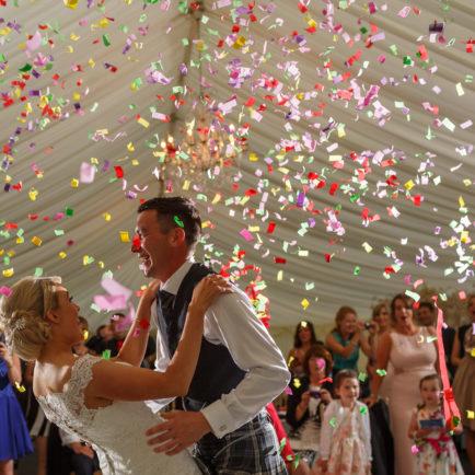 wedding photographer Scotland Kinnetles Castle Dundee